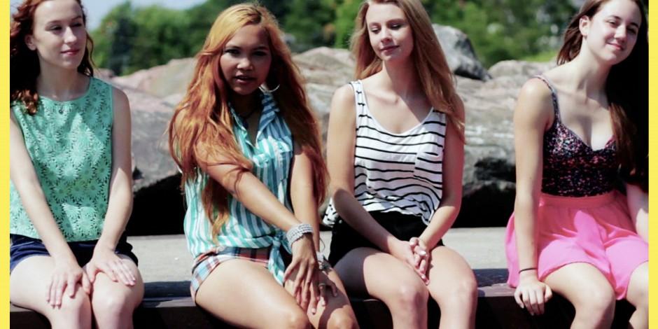 Bling Bang Music Video Snap Shot